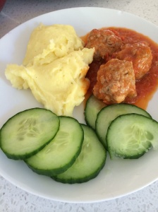 Meatballs TM mashed potato dinner
